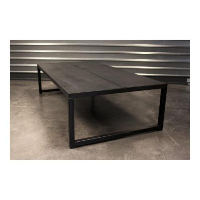 Table basse dessing industriel import export - Table de salon industrielle ...