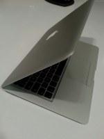 Macbook MC234LL/A
