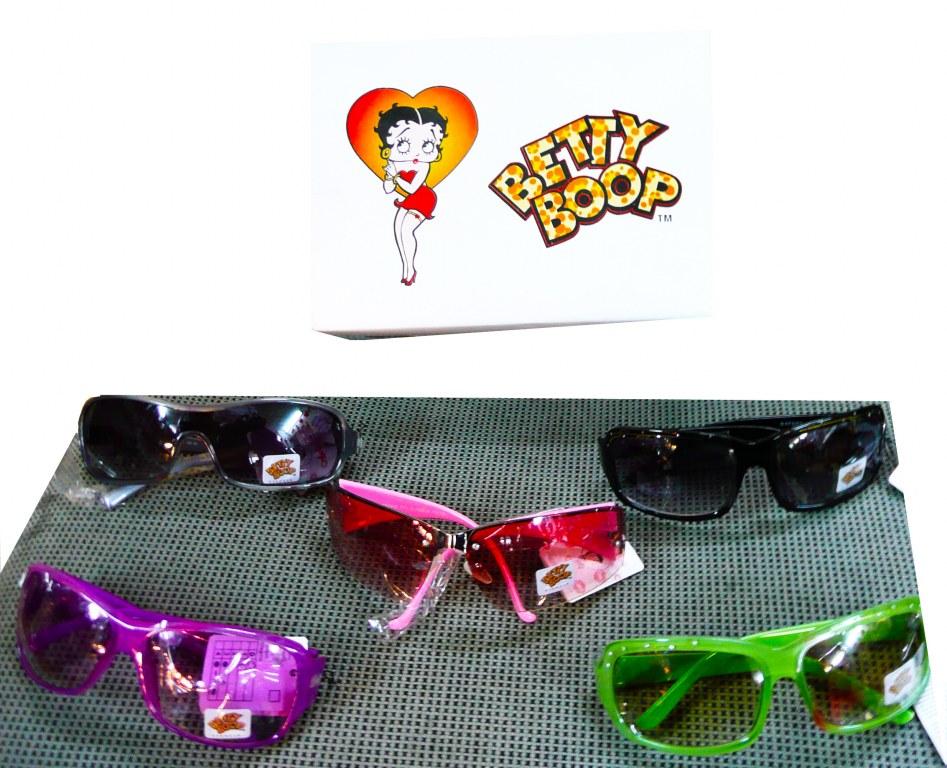 magasins populaires homme grandes variétés Lot de lunettes de soleil - licence betty boop Import Export