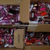Lot Rouges à lèvres maquillage de marque 25 pièces