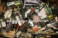 Destockage Lot maquillages de marque Blister - Français 250 pieces