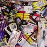 Destockage Cosmétique maquillage de marque L'Or... et Gem.. May...