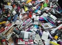 Beau Lot maquillages de marque 250 pieces