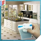 Accueil à l'aide de cuisine mélamine Effaceur magique éponge avec du savon de nettoyage