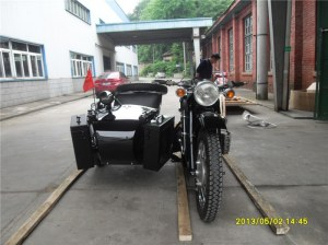 Hot Sale 750cc 24hp Military Shinny Black Motorcycle Sidecar Bike