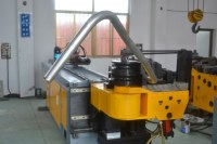 Machine de cintrage automatique de tuyaux en métal à vendre