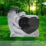 Ange de pierre tombale