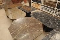 Tables en marbre riche en fossiles datant de plus de 350 millions d'années à commander sur mesure
