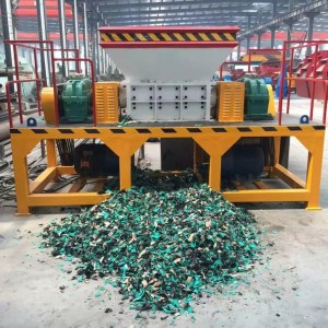 Chine Broyeur de réservoir de pétrole de ferraille en métal de machine de déchiquetage...