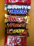 Chocolate bar snickers, Twix, bounty, mars, kinder Bueno, m&m, lion bars, kit Kat, gala...