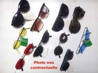 *L2191* - 50 Paires de Lunettes de SOLEIL divers modèles